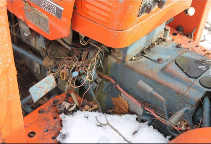 Restoring an old Kubota B20 Compact Utility Tractor and